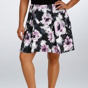 NWT Torrid Floral Midi Skirt Size 3